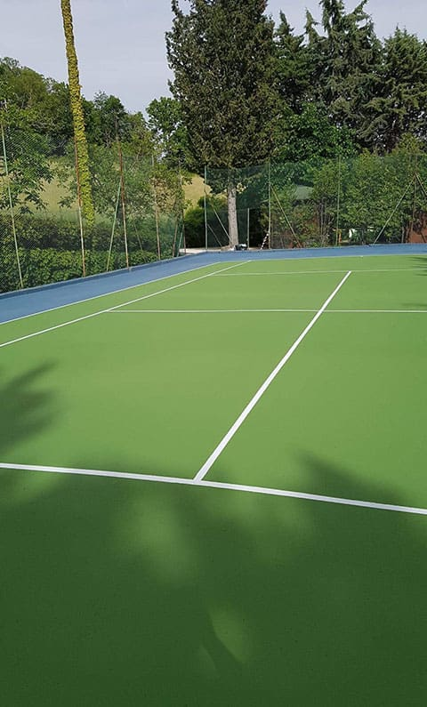 Tennis court vacation home Residence Serena